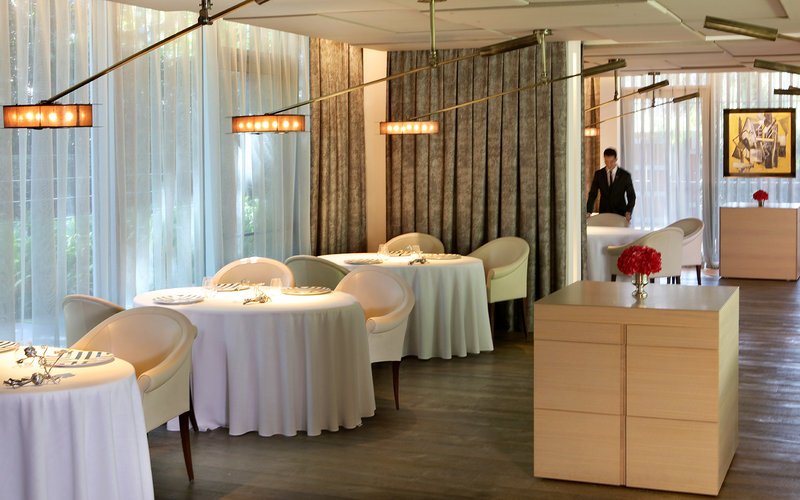 2 Michelin stars ABaC Restaurant