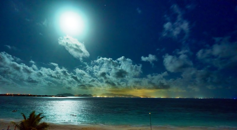 Moon Over The Reef
