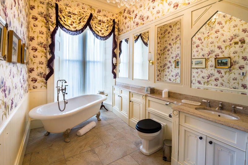 Large Double - Bathroom