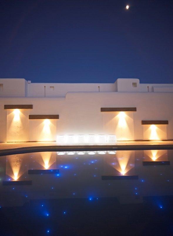 Ammos Hotel Mykonos Day