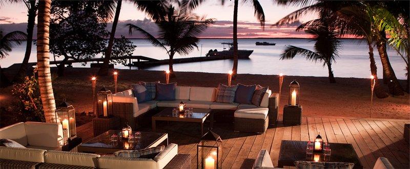 Sun Set Lounge Bahamas Tiamo
