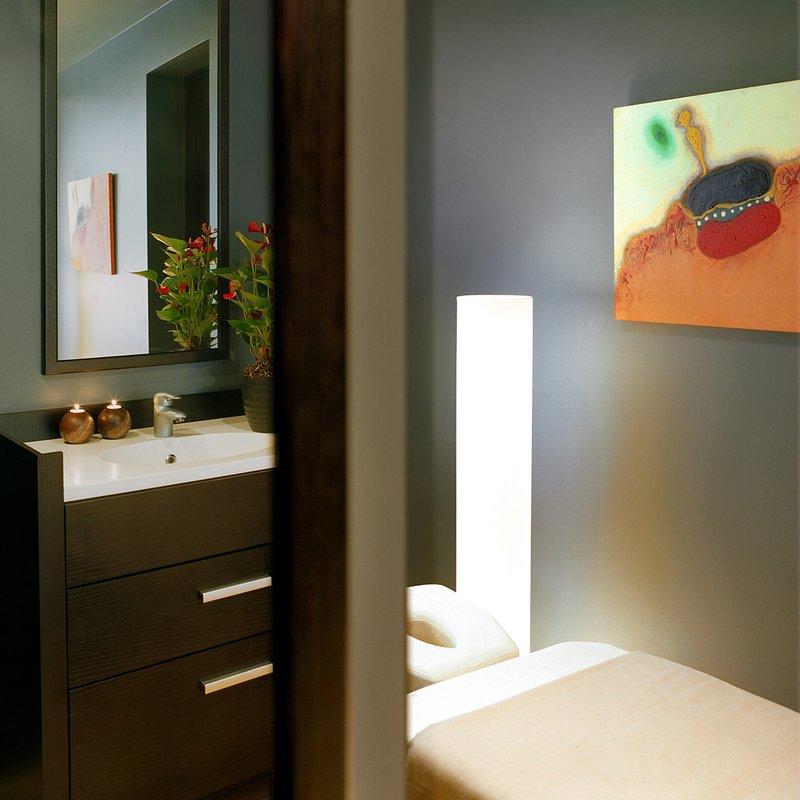 Massage Cabinet