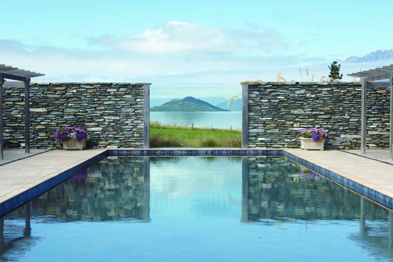 Blanket Bay Swiming Pool
