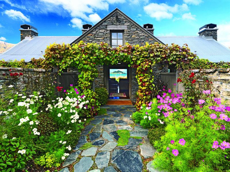 Entrance to Blanket Bay Chalet Suite