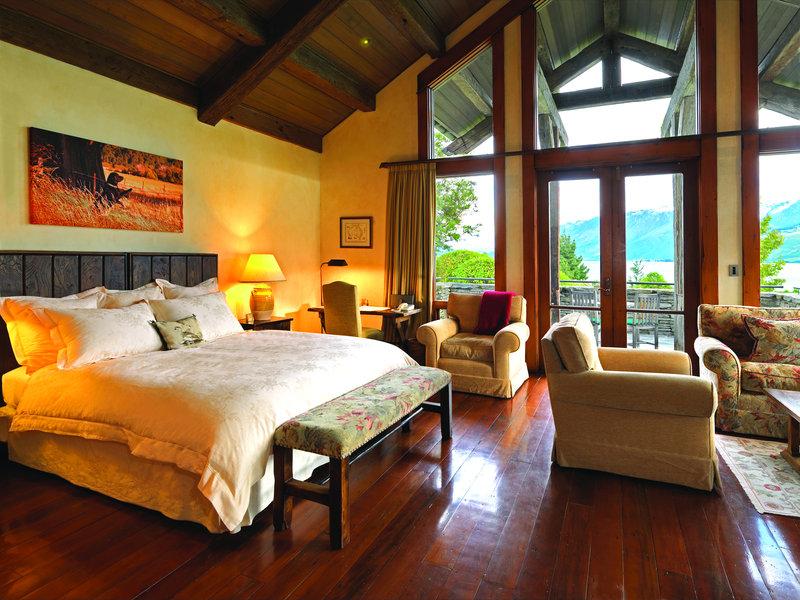 Lodge Suite