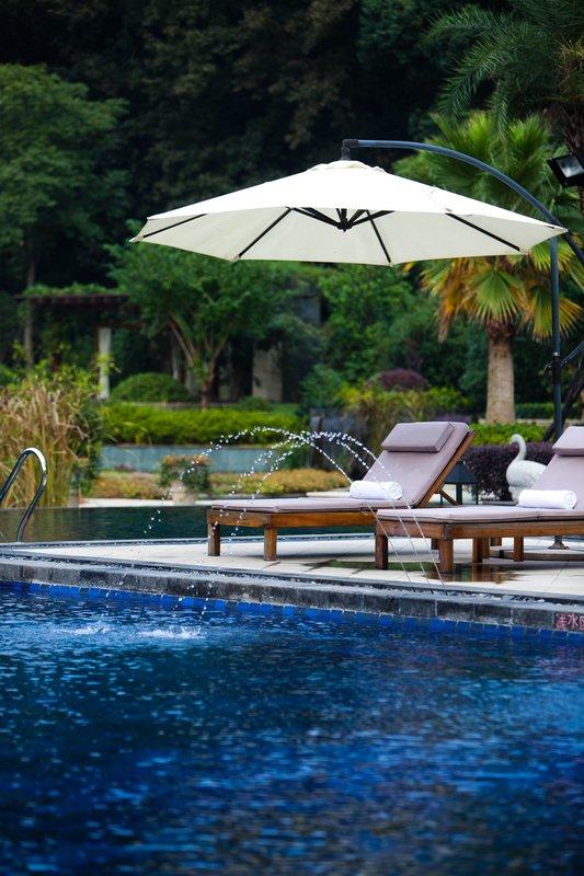 Garden-Outdoor Swimming Pool
