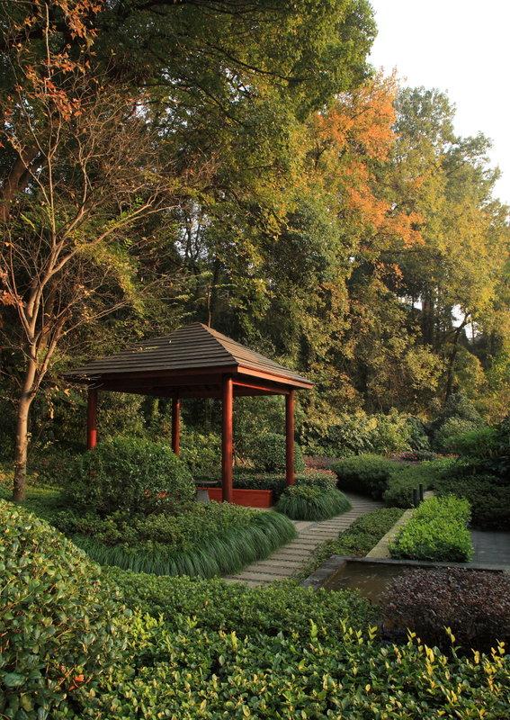 Garden-Arbor