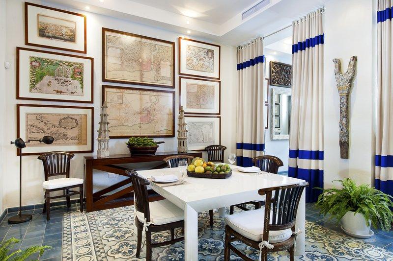 Casa de los Mapas Dining Room