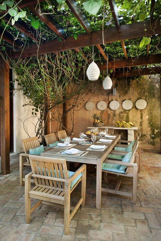 Casa de los Mapas Outdoor Dining