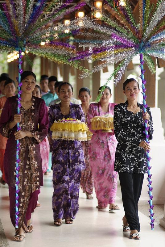 Mandi Bunga Procession