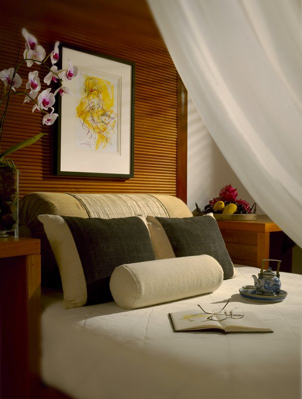 Bumbung Room Daybed