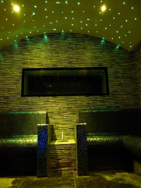 Spa Cinq Mondes Steam Room