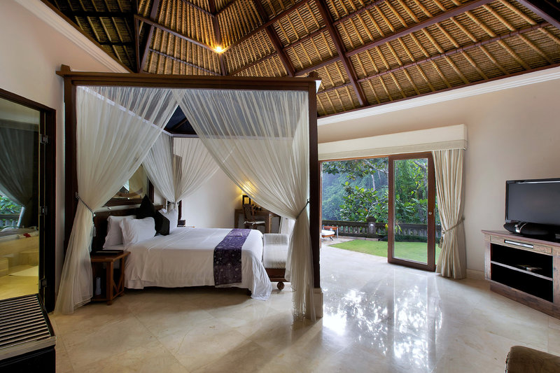 Viceroy Villa Bedroom