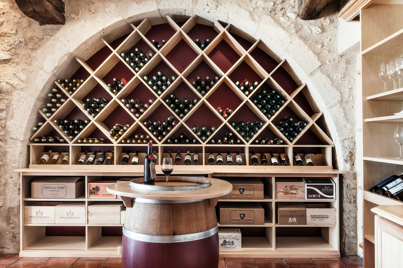 Cave De Degustation Chateau Des Vigiers