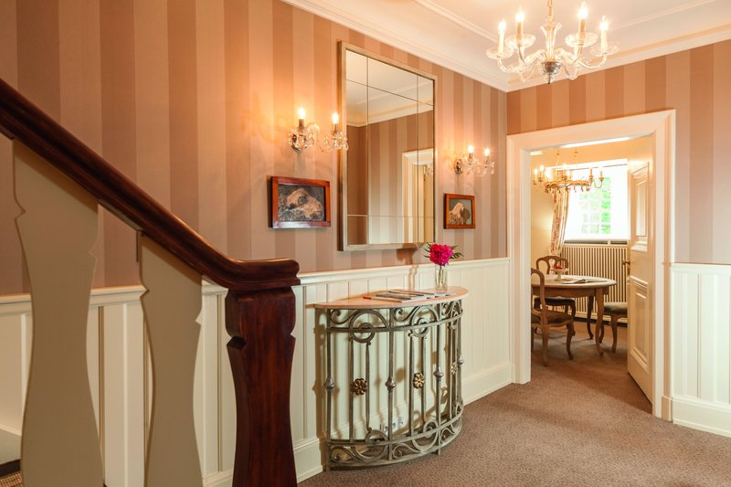 Maisonette Grand Suite Corridor