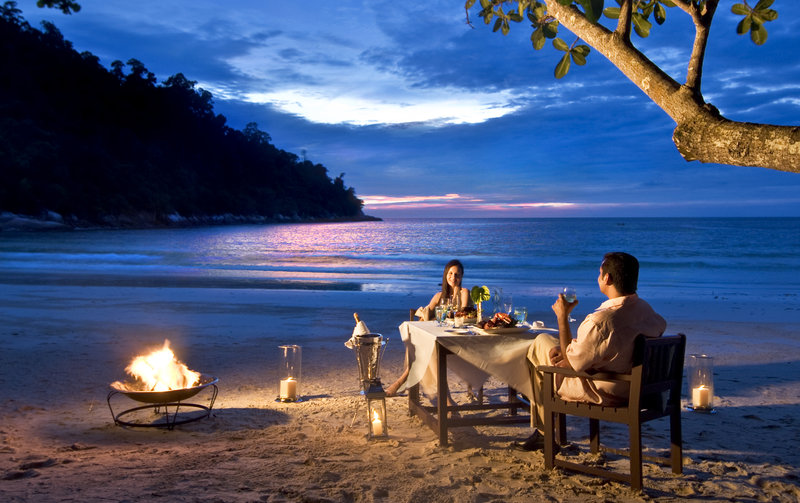 Romantic Dinner at the Emerald Bay