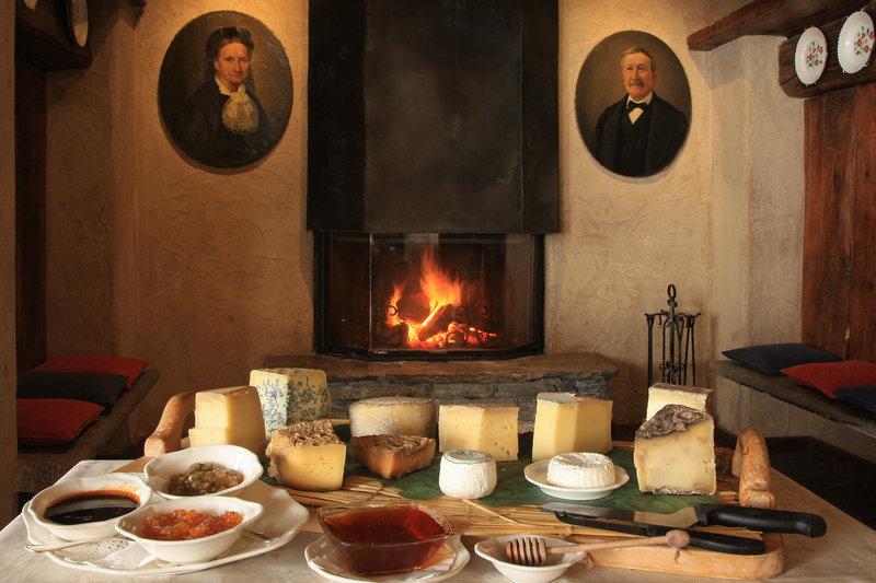 Regional Cheeses and Chutneys