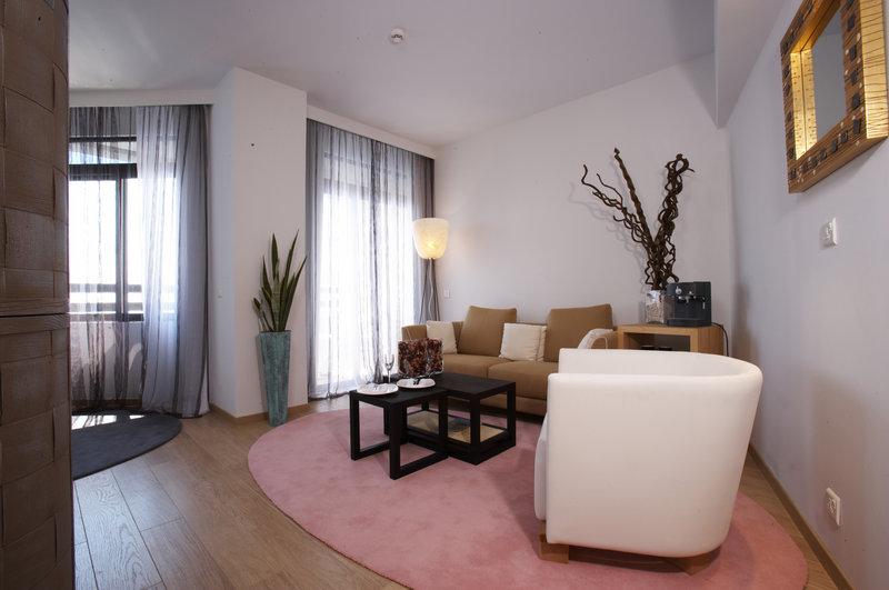 Elite Suite Living Area
