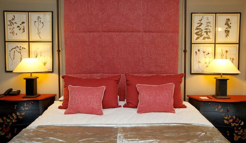 The Villa Apartment Master Bedroom