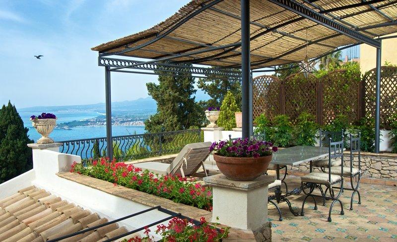 The Villa Apartment Terrace