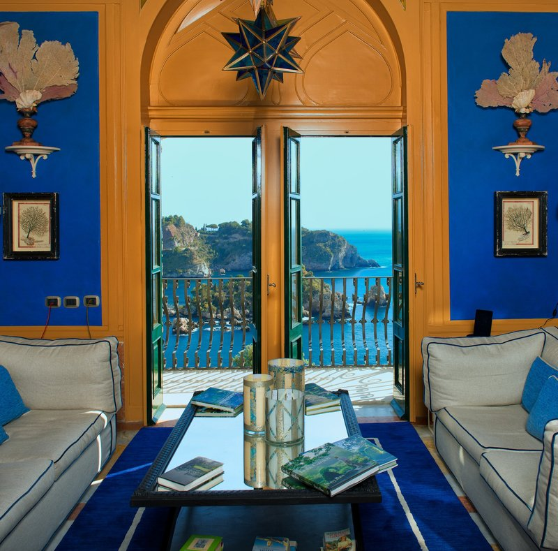 Villa al Mare Living Room