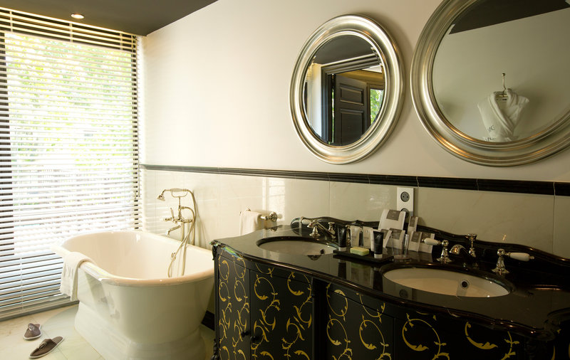 Bathroom Suite Prestige