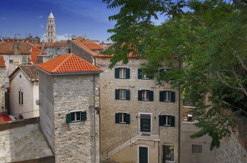 Villa Dobric-Annex Building-Exterior