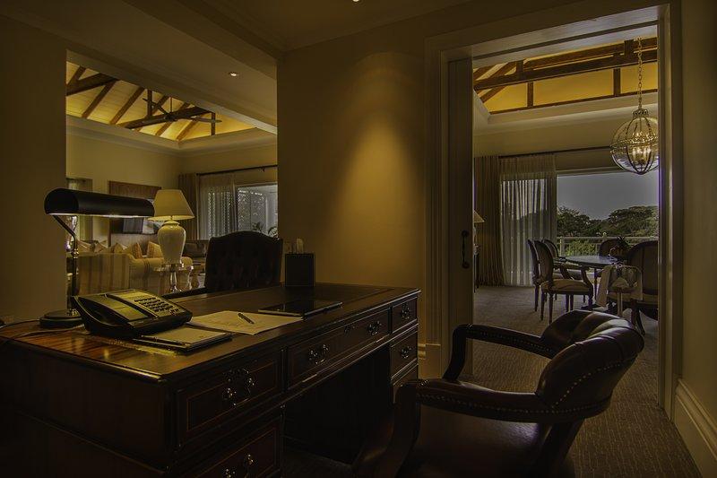The Hemingways Suite