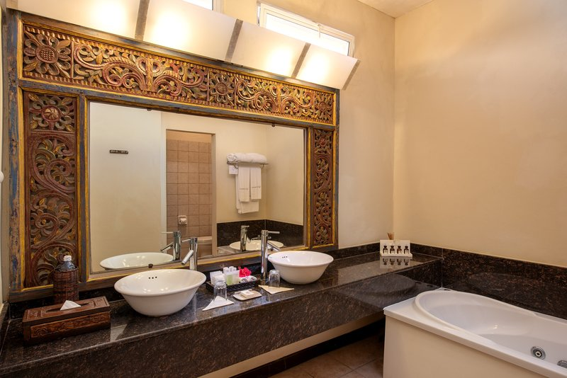 Dream of Africa Bathroom