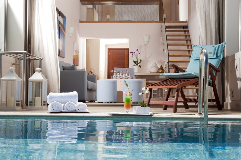 Junior Suite with individual pool