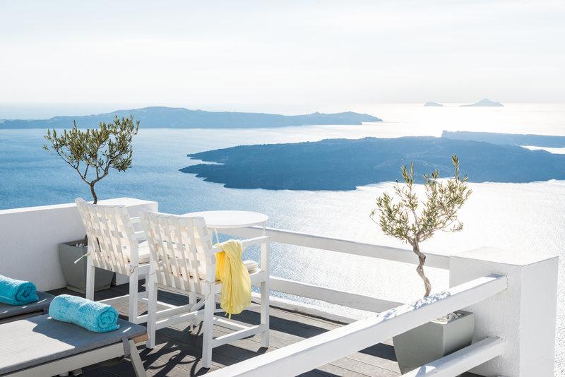 View-Sun Deck