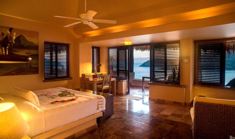 La Casa Que Canta - Owner´s Seafront Luxury Suite
