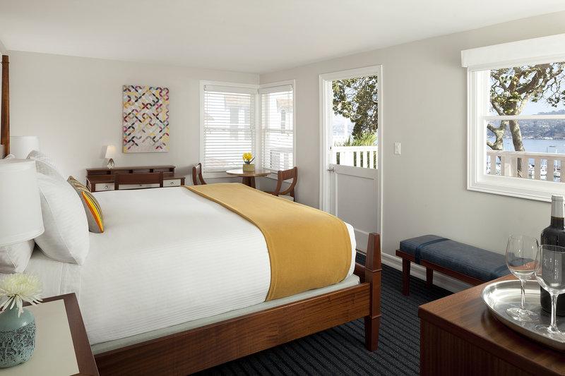 Hillside Cottage Junior Suite Bedroom