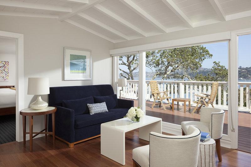 Hillside Cottage Junior Suite Living room