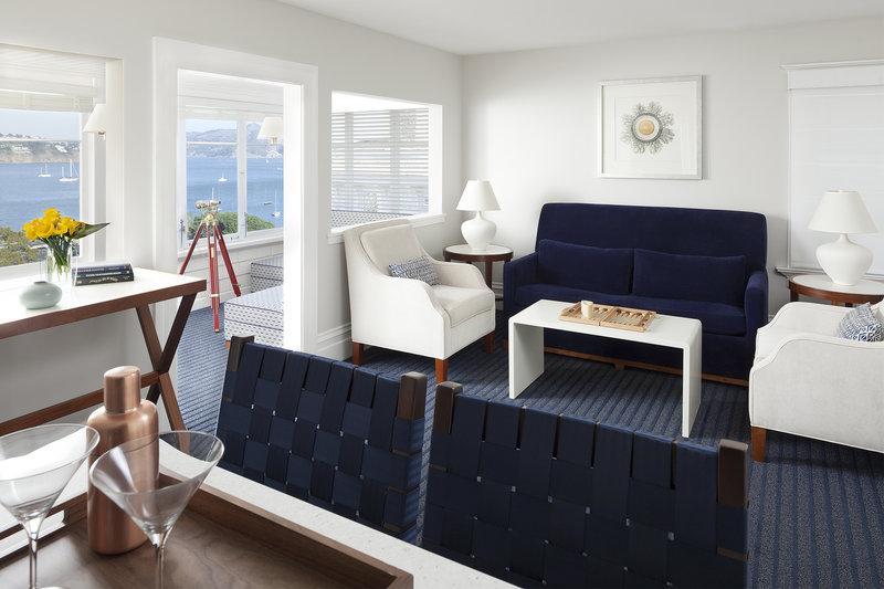 Hillside Guest House Living Room