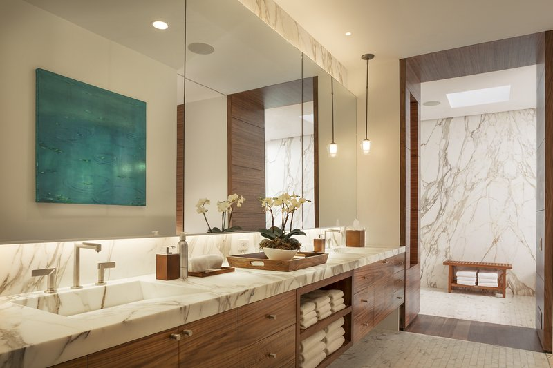 Alexandrite Suite Master Bathroom