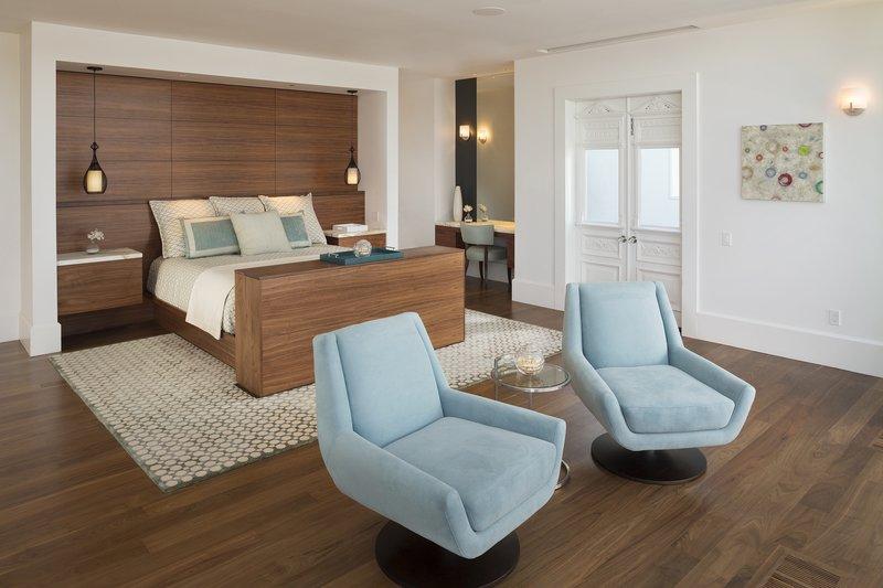 Alexandrite Suite Master Bedroom