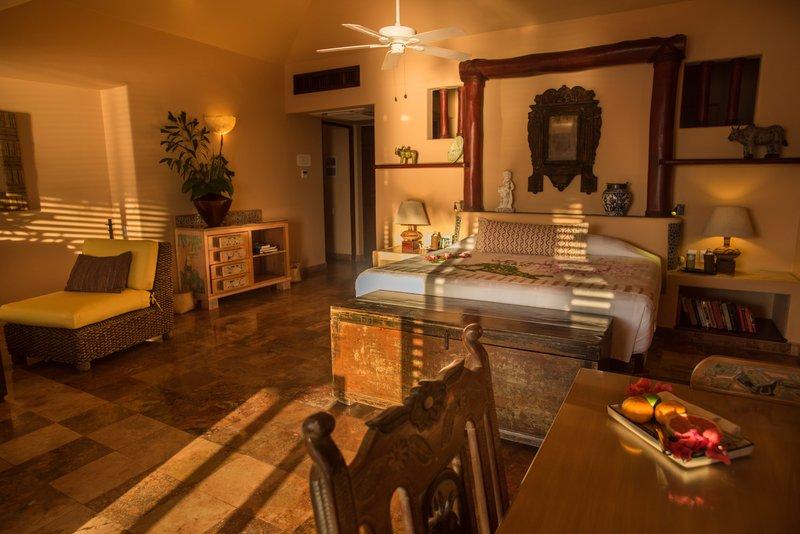 La Casa Que Canta – Owner´s Seafront Luxury Suite