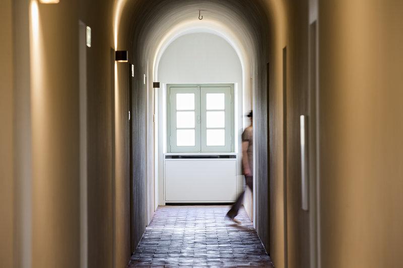 Spa's monastic single vaulted aisle