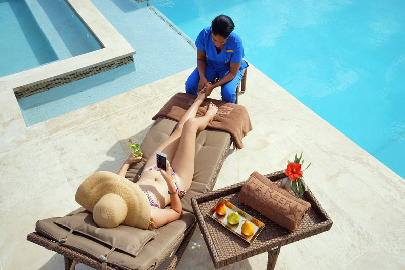 The Reef Poolside Massage