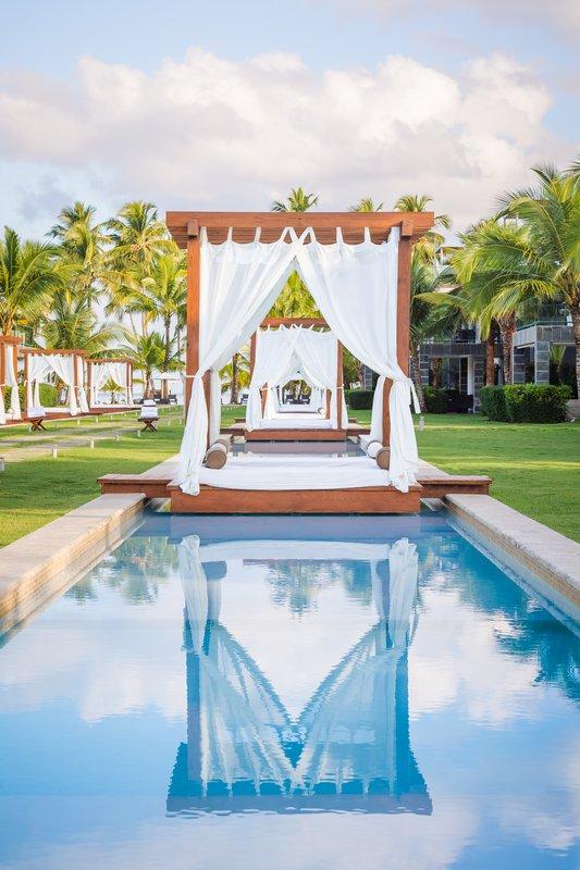 Cabana day beds