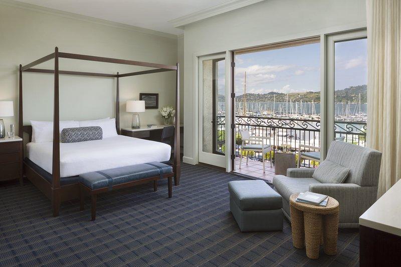 Harbor View Deluxe Bedroom