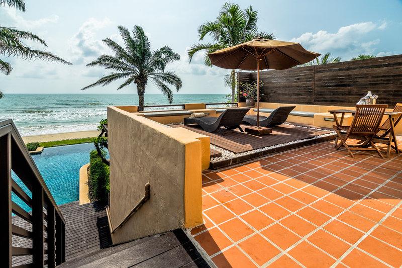 Frangipani Residence Beachfront