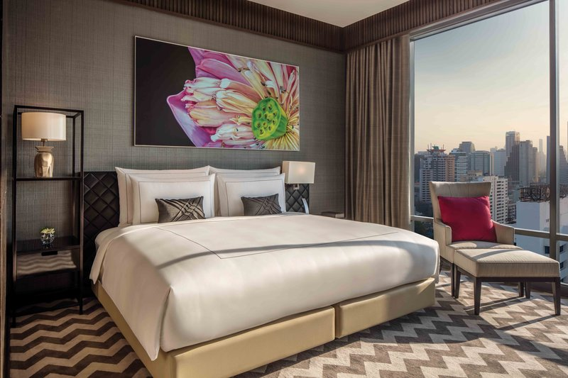 Rattanakosin Suite Master Bedroom