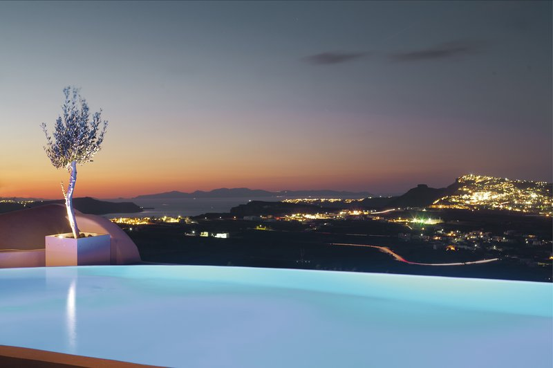 Infinity Pool with stunning panoramic views