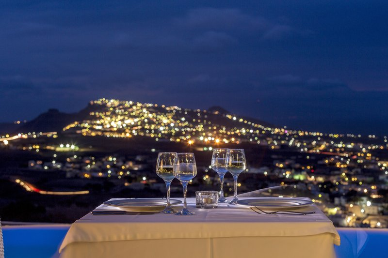 Dining with a view at 270 Degrees Restaurant