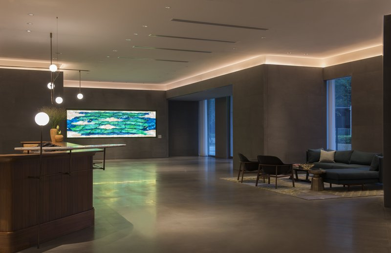 Spacious Lobby Reception