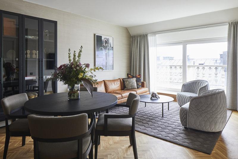 Terrace Bank Suite