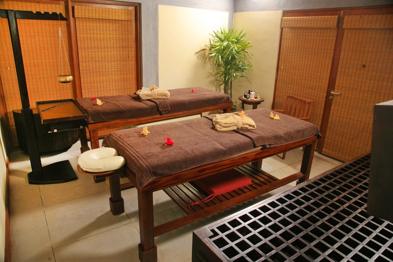 Couples Treatment Room at Serenity Spa
