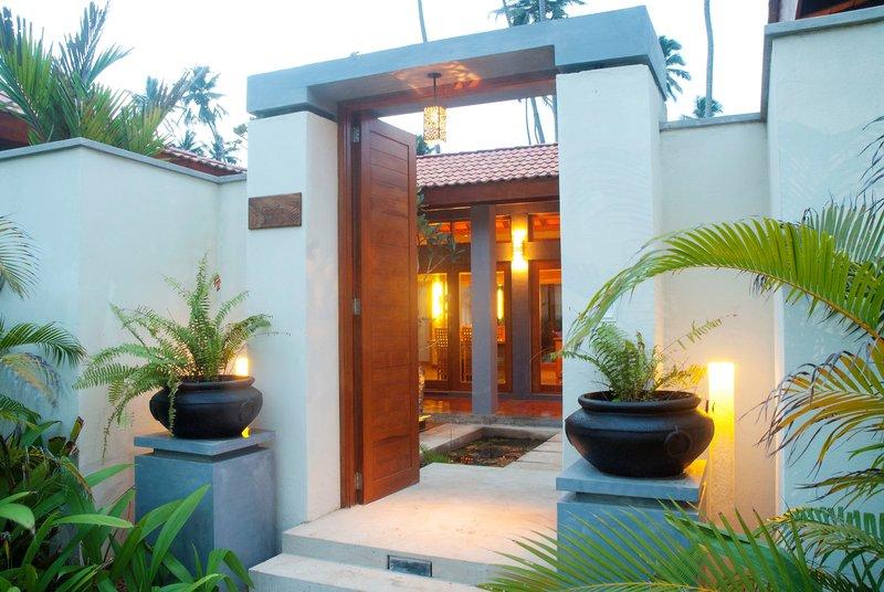 Garden Pavilion Entrance